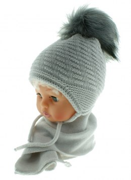 Baby hat with a scarf CZ + S 015E